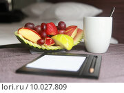 fruits and coffee. Стоковое фото, фотограф Alexander Scheible / PantherMedia / Фотобанк Лори