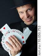 Card trick. Стоковое фото, фотограф Dmitriy Shironosov / PantherMedia / Фотобанк Лори