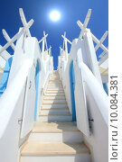 Купить «Stairs to the sun, Santorini, Greece», фото № 10084381, снято 20 января 2020 г. (c) PantherMedia / Фотобанк Лори