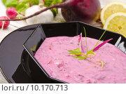 Купить «Cold beet soup», фото № 10170713, снято 23 октября 2019 г. (c) PantherMedia / Фотобанк Лори