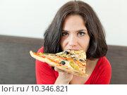 Купить «Pretty gluttony», фото № 10346821, снято 20 октября 2018 г. (c) PantherMedia / Фотобанк Лори