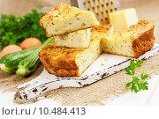 Купить «Пирог с цукини, сыром и зеленью», фото № 10484413, снято 13 августа 2015 г. (c) Надежда Мишкова / Фотобанк Лори