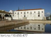 Купить «portugal tank fountain algarve lagos», фото № 10650477, снято 18 июня 2019 г. (c) PantherMedia / Фотобанк Лори