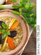 Купить «food vegetable chicken noodle aliment», фото № 10756269, снято 20 мая 2019 г. (c) PantherMedia / Фотобанк Лори