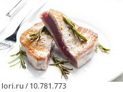 Купить «tuna steak», фото № 10781773, снято 25 января 2020 г. (c) PantherMedia / Фотобанк Лори