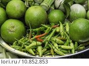 Купить «Lemon and pepper», фото № 10852853, снято 20 октября 2018 г. (c) PantherMedia / Фотобанк Лори