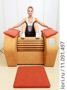 Купить «Girl in sportwear on relax massage equipment healthy spa salon», фото № 11091497, снято 25 апреля 2019 г. (c) PantherMedia / Фотобанк Лори