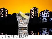 Купить «Metropolis Gin Tonic cocktail», фото № 11115677, снято 2 апреля 2020 г. (c) PantherMedia / Фотобанк Лори