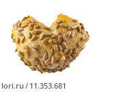 Купить «isolated bright heart bread roll», фото № 11353681, снято 23 октября 2019 г. (c) PantherMedia / Фотобанк Лори