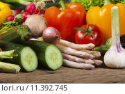 Купить «food team nutrition vegetable cooking», фото № 11392745, снято 23 апреля 2019 г. (c) PantherMedia / Фотобанк Лори