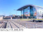 Купить «Сочи. Адлер. Железнодорожный вокзал», фото № 11395973, снято 25 апреля 2015 г. (c) Parmenov Pavel / Фотобанк Лори