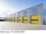 Купить «commercial warehouse», фото № 11419501, снято 23 ноября 2019 г. (c) PantherMedia / Фотобанк Лори