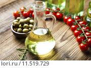 Купить «Fresh olive oil », фото № 11519729, снято 19 марта 2019 г. (c) PantherMedia / Фотобанк Лори