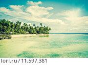 Купить «Tropical beach resort at turquoise ocean», фото № 11597381, снято 22 мая 2019 г. (c) PantherMedia / Фотобанк Лори