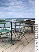 Купить «Terrace of a bistro facing the sea, in South-West of France», фото № 12333693, снято 19 октября 2018 г. (c) PantherMedia / Фотобанк Лори