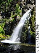 Купить «Живописный водопад Муехтинский  в Республике Алтай», фото № 12592969, снято 21 июля 2015 г. (c) Юлия Машкова / Фотобанк Лори