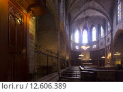 Купить «Interior of Cathedral of Pedralbes», фото № 12606389, снято 26 мая 2018 г. (c) Яков Филимонов / Фотобанк Лори