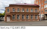 Купить «Второй дом усадьбы Набатовых в г. Уфе», фото № 12641953, снято 1 сентября 2015 г. (c) Коротнев / Фотобанк Лори