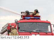Учения Речфлота в Новосибирске (2015 год). Редакционное фото, фотограф Сергей Завражных / Фотобанк Лори