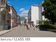 Улица в городе Мостар, Босния и Герцеговина (2015 год). Редакционное фото, фотограф Дмитрий Девин / Фотобанк Лори
