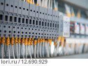 Элемент панели управления электрических сетей. Стоковое фото, фотограф Елена Поминова / Фотобанк Лори
