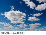 Купить «Синее небо с облаками», фото № 12725581, снято 16 августа 2015 г. (c) Илья Галахов / Фотобанк Лори