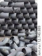 Купить «Трубы и отводы стальные», фото № 12740889, снято 8 февраля 2014 г. (c) Сергеев Валерий / Фотобанк Лори