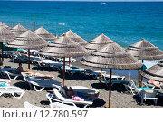 Купить «Пляж в Алуште. Крым», эксклюзивное фото № 12780597, снято 18 сентября 2015 г. (c) Александр Щепин / Фотобанк Лори