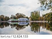 Купить «Река Гусь. Гусь-Хрустальный», фото № 12824133, снято 22 сентября 2015 г. (c) Василий Аксюченко / Фотобанк Лори
