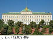 Купить «Москва. Большой Кремлевский дворец», эксклюзивное фото № 12879489, снято 25 сентября 2015 г. (c) Елена Коромыслова / Фотобанк Лори