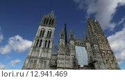 Римско-католической готический собор в Руане, Верхняя Нормандия, Франция (2015 год). Стоковое видео, видеограф Владимир Журавлев / Фотобанк Лори