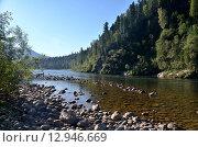 Купить «Вид на реку Бия, летний пейзаж, Алтай», фото № 12946669, снято 5 августа 2014 г. (c) Александр Карпенко / Фотобанк Лори