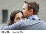 Молодые влюблённые. Стоковое фото, фотограф Виктор Колдунов / Фотобанк Лори