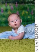 Портрет удивленного ребенка. Стоковое фото, фотограф Евгений Чернышов / Фотобанк Лори