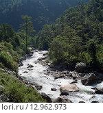 Горная река в Непале (2013 год). Стоковое фото, фотограф Кирилл Морозов / Фотобанк Лори