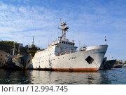 Гидрографическое судно «Створ»  в Севастополе (2015 год). Редакционное фото, фотограф Юрий Винокуров / Фотобанк Лори