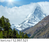 Купить «Summer Matterhorn mountain (Alps)», фото № 12997521, снято 7 июня 2012 г. (c) Юрий Брыкайло / Фотобанк Лори