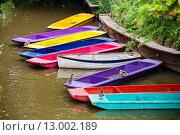 Купить «Разноцветные лодки. Оксфорд, Англия», фото № 13002189, снято 19 июня 2013 г. (c) Andrei Nekrassov / Фотобанк Лори