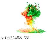 Разноцветные чернила растворяются в воде. Стоковое фото, фотограф Смирнов Константин / Фотобанк Лори