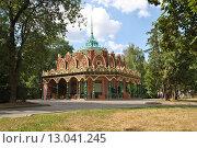 Купить «Павильон № 35 «Табак» на ВДНХ в Москве», эксклюзивное фото № 13041245, снято 5 августа 2014 г. (c) lana1501 / Фотобанк Лори