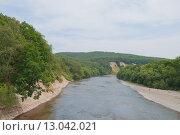 Купить «Сахалин. Вид с моста на реку Лютогу», фото № 13042021, снято 2 сентября 2015 г. (c) Timur Kagirov / Фотобанк Лори