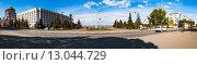 Купить «Самара, площадь Славы и дом Правительства», фото № 13044729, снято 18 октября 2015 г. (c) Сергей Лысенко / Фотобанк Лори