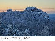 Второй столб зимой (2015 год). Редакционное фото, фотограф Михаил Зверев / Фотобанк Лори