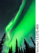 Северное сияние в небе. Стоковое фото, фотограф Petri Jauhiainen / Фотобанк Лори