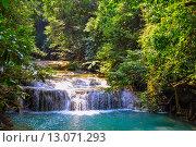 Лесной водопад. Стоковое фото, фотограф Андрей Жуков / Фотобанк Лори