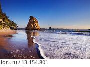 Cathedral Cove, New Zealand. Стоковое фото, агентство Ingram Publishing / Фотобанк Лори