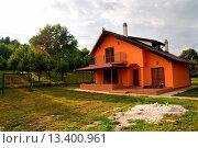 Купить «Weekend house on the hill», фото № 13400961, снято 31 мая 2020 г. (c) age Fotostock / Фотобанк Лори