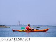 Купить «kayak trip on the lagoon of Venice, Veneto region, Italy, Europe», фото № 13587801, снято 19 ноября 2018 г. (c) age Fotostock / Фотобанк Лори