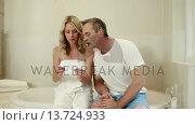 Купить «Couple waiting pregnancy test result», видеоролик № 13724933, снято 22 апреля 2019 г. (c) Wavebreak Media / Фотобанк Лори