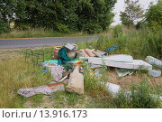 Купить «illegal waste dump at the edge of a field near the village Hohenstein, Maerkisch-Oderland district, Brandenburg, Germany, Europe.», фото № 13916173, снято 18 апреля 2019 г. (c) age Fotostock / Фотобанк Лори